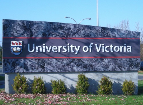 university-of-victoria-bc-sign-2